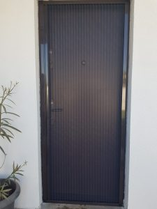 Plasa plisse usa intrare - Jaluzele Bucuresti
